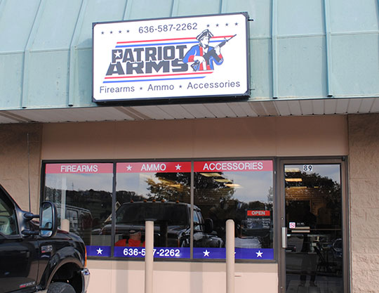Patriot-Arms-Storefront-signage-by-MOTO-Marketing-Group